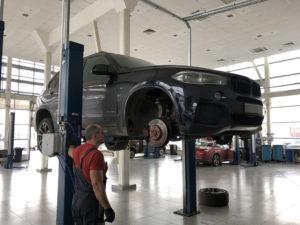 Замена колодок на BMW Х3
